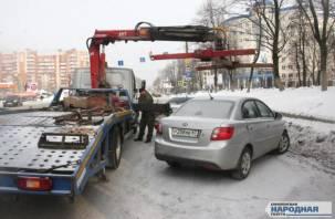 В Смоленске прошел рейд по «охоте» на парковщиков-нарушителей