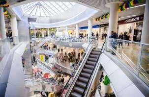 Пьяный школьник рухнул с эскалатора в торговом центре Смоленска