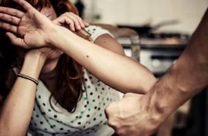 Спор с женщиной смолянин прекратил ударом в лицо
