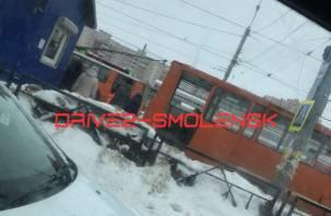 В смоленском трамвае пострадала пожилая женщина
