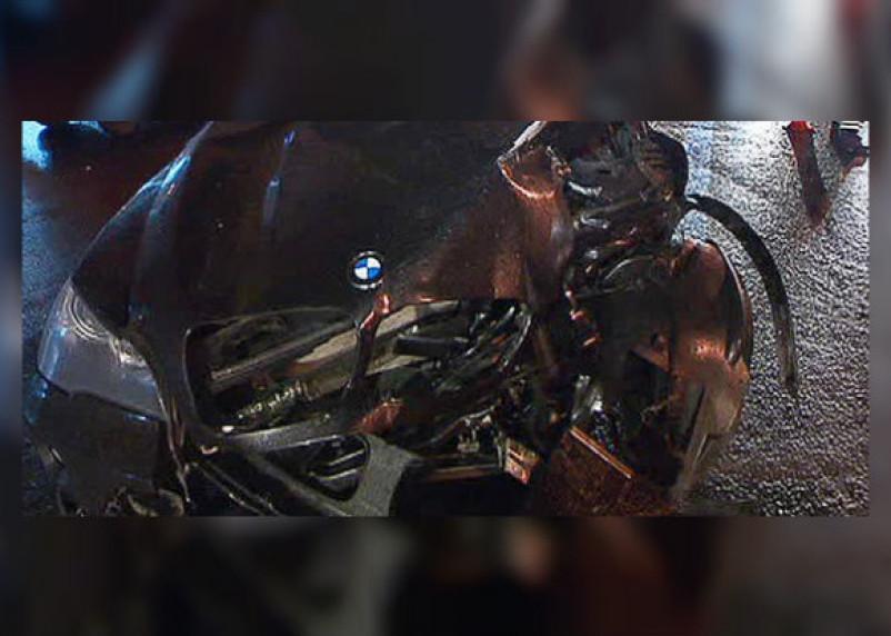В Смоленской области столкнулись два грузовика и легковушка