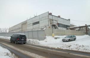 В Смоленске задорого скупают акции завода