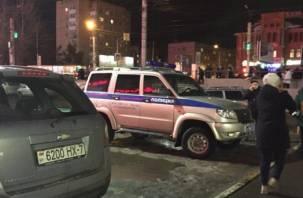 В торговом центре Смоленска заложили бомбу? Появились фото и видео с места ЧП
