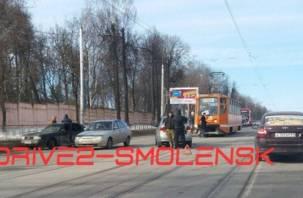 В Смоленске трамваи встали из-за аварии в Заднепровье