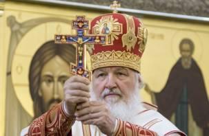 Патриарх Кирилл помолился за погибших при пожаре в Кемерове