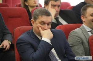 Смоленский градоначальник по-прежнему среди аутсайдеров рейтинга мэров
