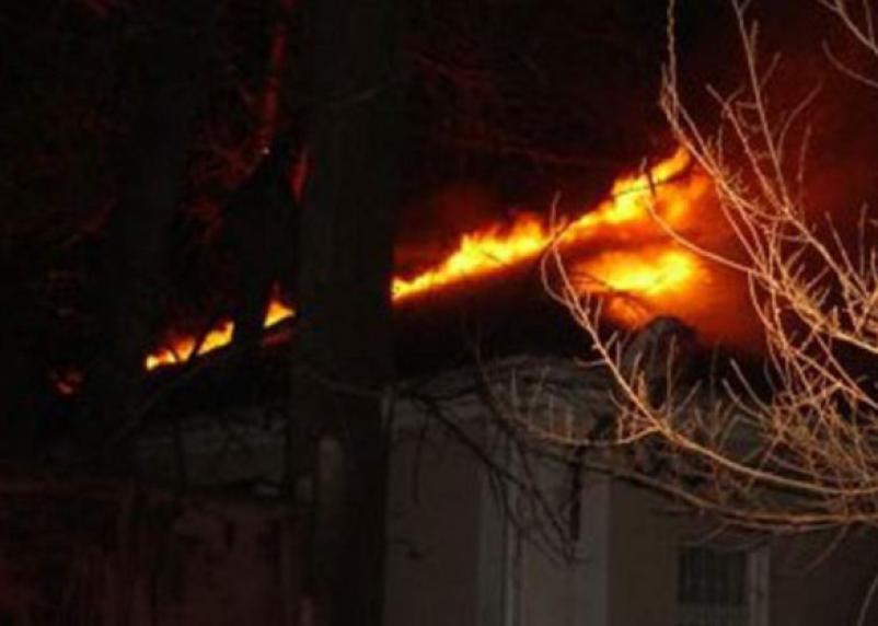 В Смоленском районе горел двухэтажный дом