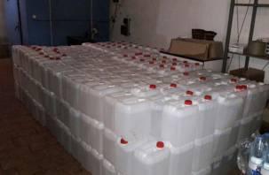 Белорус пытался вывезти из Смоленска 4000 литров «левого» спирта