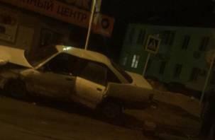 «Повезло, если жив». В Смоленске произошла серьезная авария