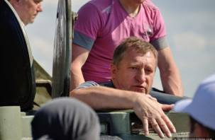Экс-сенатор от Смоленской области исключен из партии
