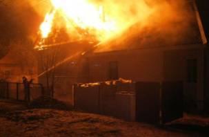 Мужчина погиб при пожаре в смоленской деревне