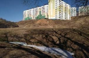 На Королёвке в Смоленске течет пенная река