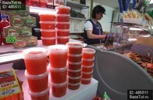 В Смоленске вор-гурман украл в магазине икру и форель