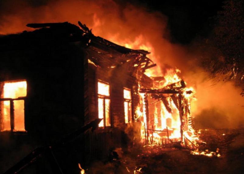 Жители смоленской деревни лишились крова