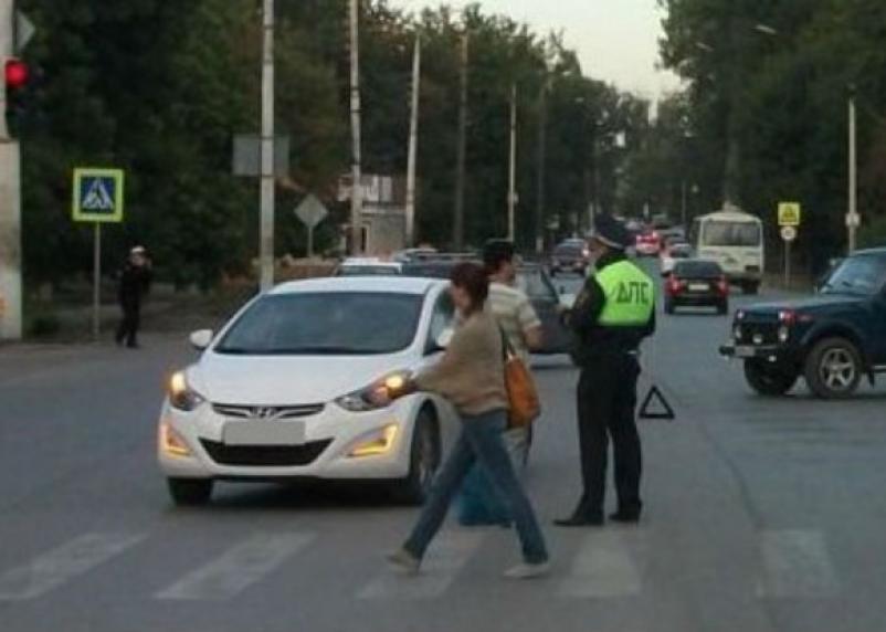 В Смоленске женщина попала под колеса иномарки