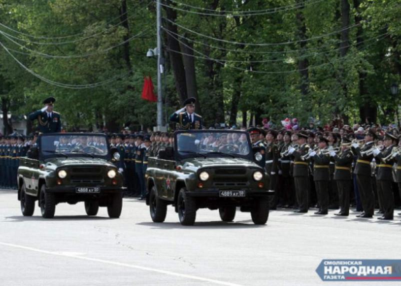 Путину понравилась идея выйти 9 мая на балкон и спеть «День Победы»