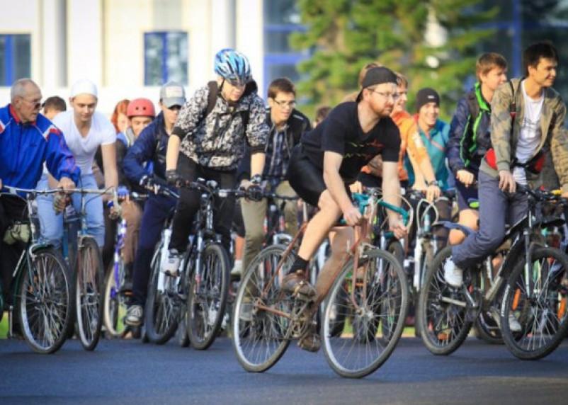 По Смоленской области проходит велопробег, посвященный Дню Победы