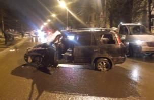 В Смоленской области в жесткой аварии пострадали люди