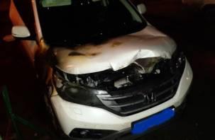 Ночью в Смоленской области сгорел кроссовер