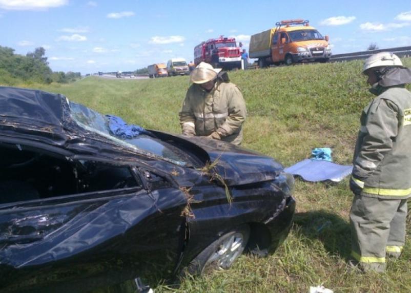 Смоленский водитель вместе со своим автомобилем оказался в кювете