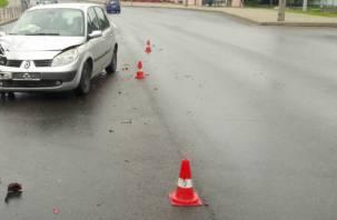 «Выехал на встречку». В Смоленской области в двойной аварии погиб пожилой водитель
