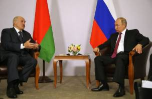 Лукашенко предложил Путину встретиться недалеко от Смоленской области