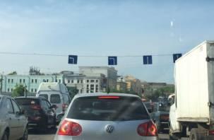 На площади Победы в Смоленске изменилась схема движения транспорта