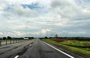 Смоленским муниципалитетам выделили почти миллиард рублей на ремонт дорог