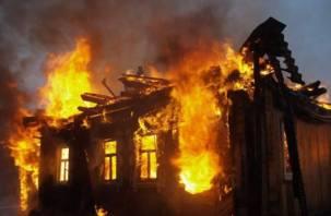 «Сгорел дом, гараж и автомобиль». Подробности пожара с пострадавшим смолянином