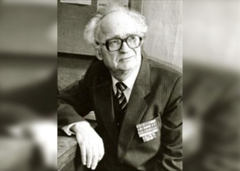 Смоляне отмечают 95-летний юбилей историка Дмитрия Будаева