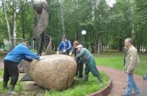 На Смоленщине появился памятник подвижникам спорта