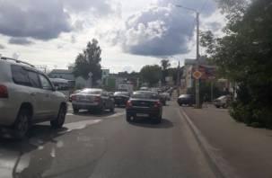 Витебское шоссе в Смоленске замерло в пробке
