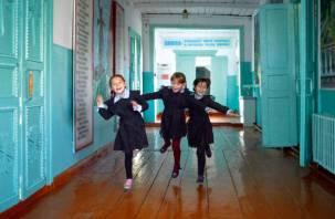 «Дебилизация школьников». Эксперт рассказал о «катастрофе» в Смоленской области