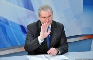Forbes: экс-губернатор Смоленщины Антуфьев не смог вспомнить заслуг «чужака» Магомедова