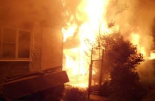В Смоленской области в горящем доме погиб мужчина