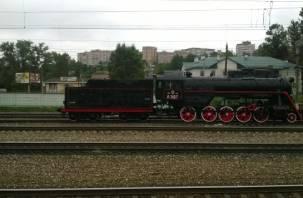 Памятник-паровоз в Смоленске уже готов занять почетное место