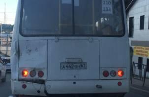 «А если рванет?». Смолянам опасно ездить на общественном транспорте
