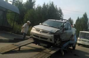 Две смолянки пострадали в серьезной аварии