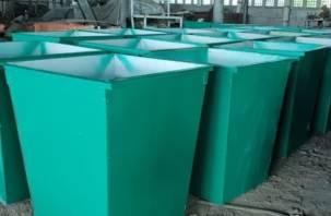Пока Смоленск зарастает мусором, в Саратове смоляне устанавливают долговечные контейнеры