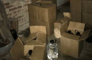 В Смоленской области дальнобойщиков «травили» нелегальным спиртом
