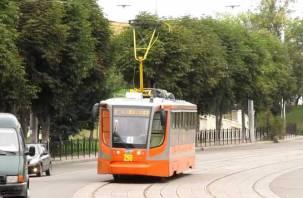 Трамваи встали. Тройная авария произошла воскресным утром в Смоленске