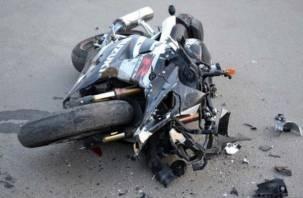 «Волок стоит». В Смоленске произошла авария с мотоциклистом