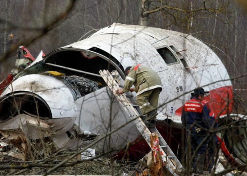 Польские следователи едут в Смоленск к месту крушения самолета Качиньского