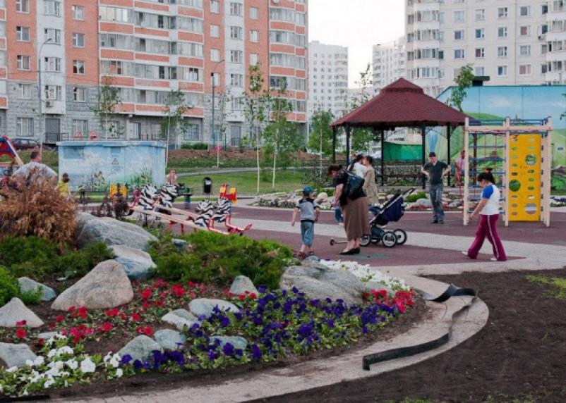 Сроки жмут. В Смоленске заканчивается приём заявок на участие в программе благоустройства дворов