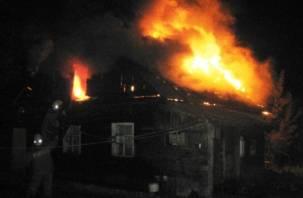 Ночью под Смоленском произошел крупный пожар