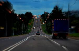 В Госдуме предложили строить дороги из мусора