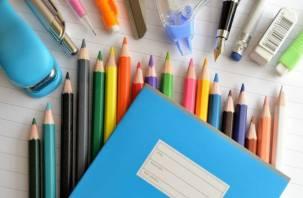 У 50% родителей школьников едва хватает денег на сборы в школу