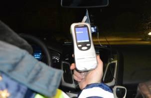 За выходные на смоленских дорогах поймали почти 30 пьяных водителей
