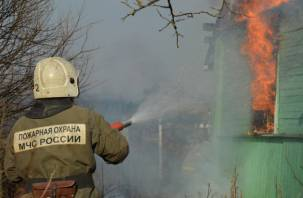 В горящем доме погиб 95-летний ярцевчанин