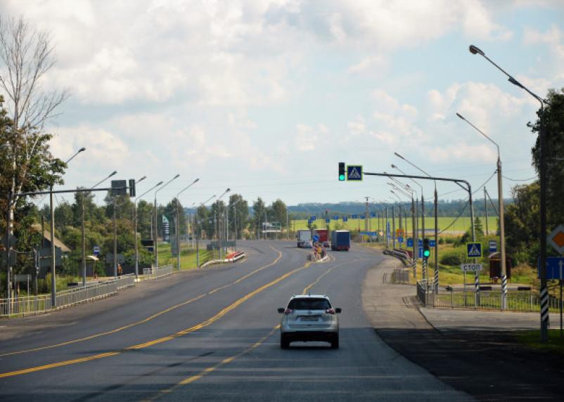 В России на трассах могут увеличить максимальную скорость